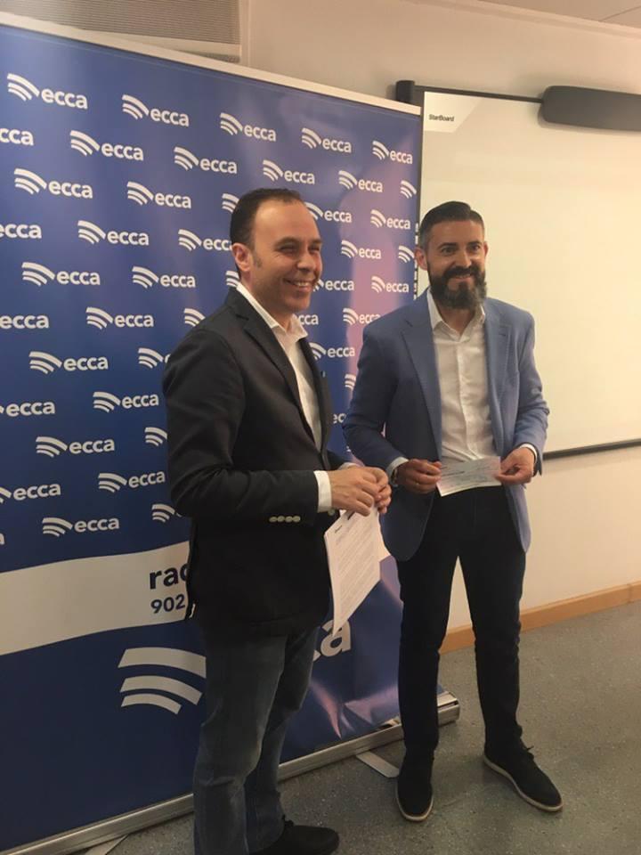 Entrega recaudación radio ECCA